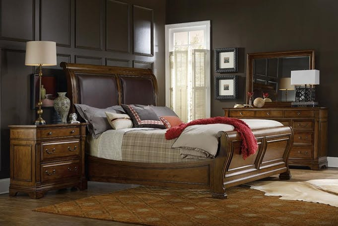 Tynecastle sleigh bed